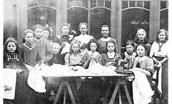 Naaischool_1914